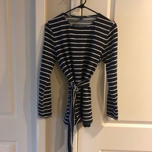 Jcrew Navy and white striped top with tie belt M